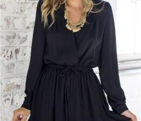 Black Long Sleeved P..