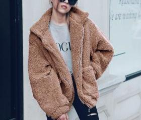 Women Faux Fur Coat ..