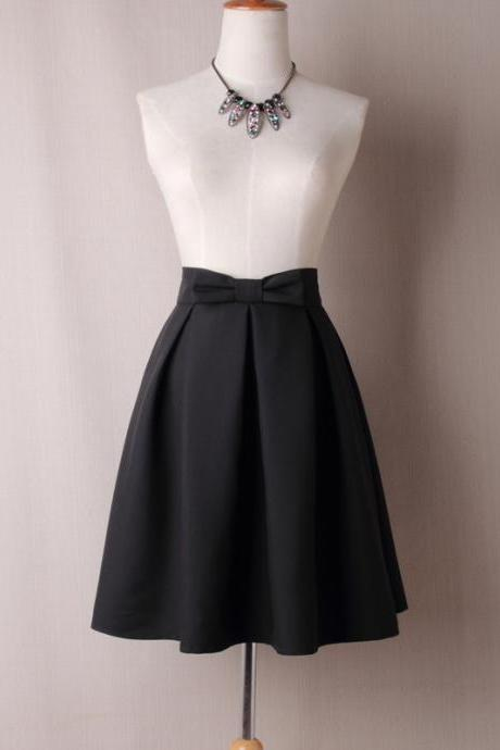 Black High Waist Pleated Knee-Length Midi Skater Skirt with Bow Accent