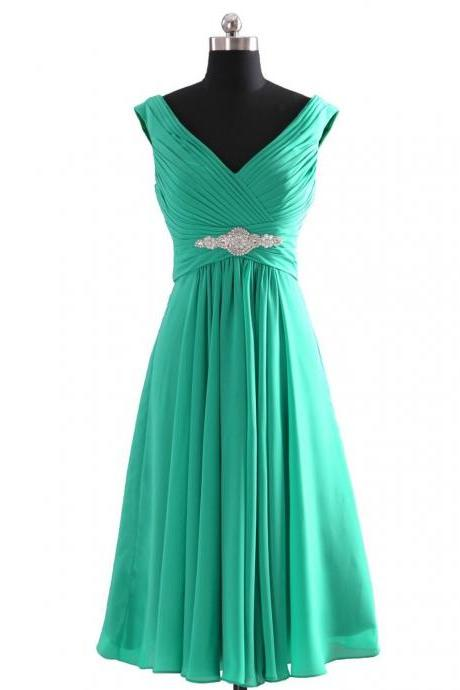 Decent Homecoming Bridesmaid Dresses A-Line V-Neck Top Beaded Short Ruched Chiffon Cocktail Prom Dresses
