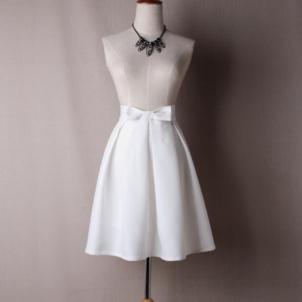 White Bow Accent High Rise Knee Length Ruffled Skater Skirt